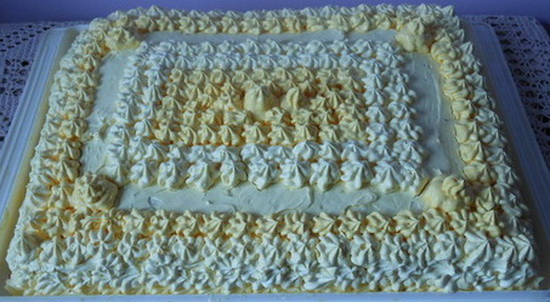 1 Torta sa kivijem, bananom, mandarinom i ananasom