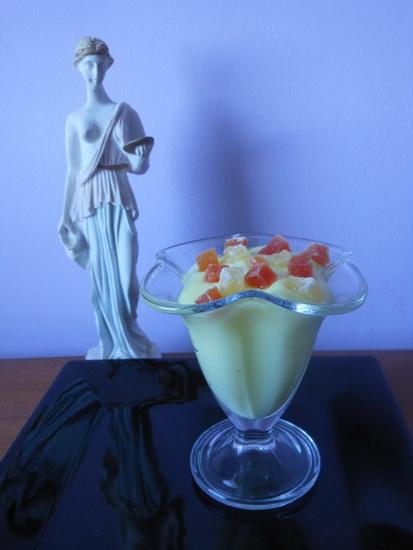 1 Vanilin krem sa kandiranim voćem