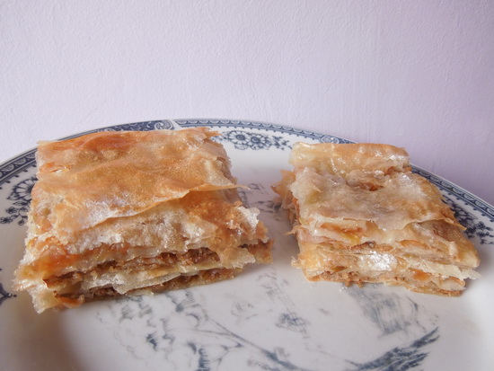 2 Pita s jabukama i orasima