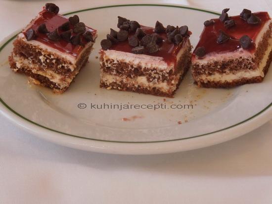 Kremasti kolač s glazurom