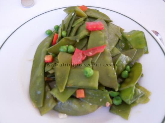 Zelena boranija s povrcem