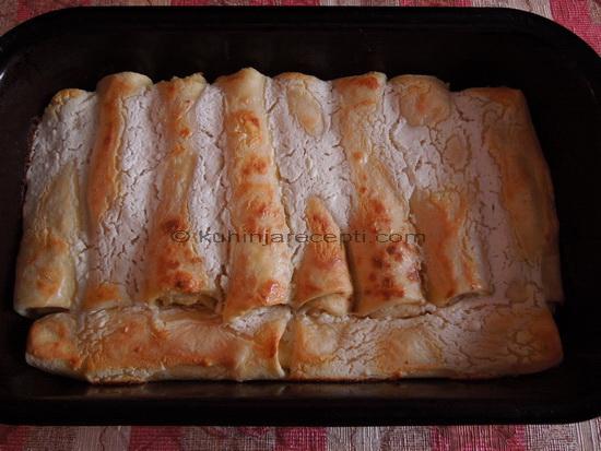 Zapečene aromatične palačinke sa sirom i suvim grožđem