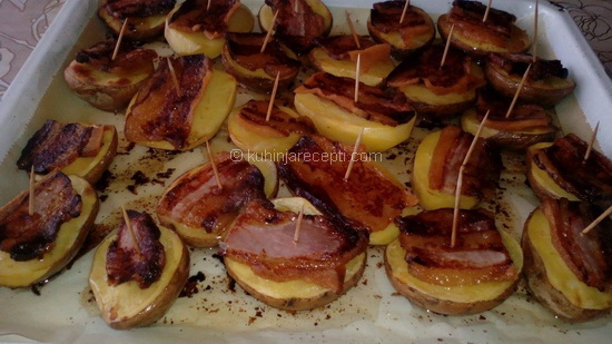 Police-krompira-sa-slaninom