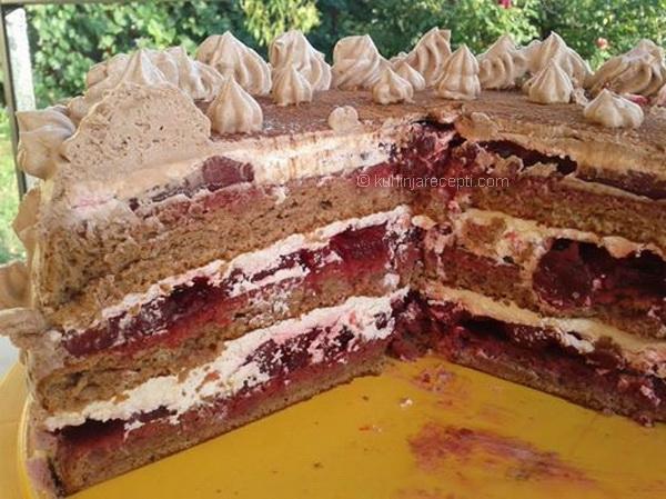 Torta s visnjama