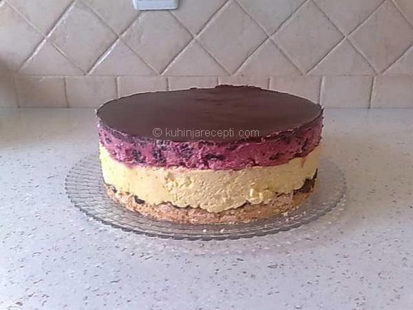 1 Kapri torta s višnjama