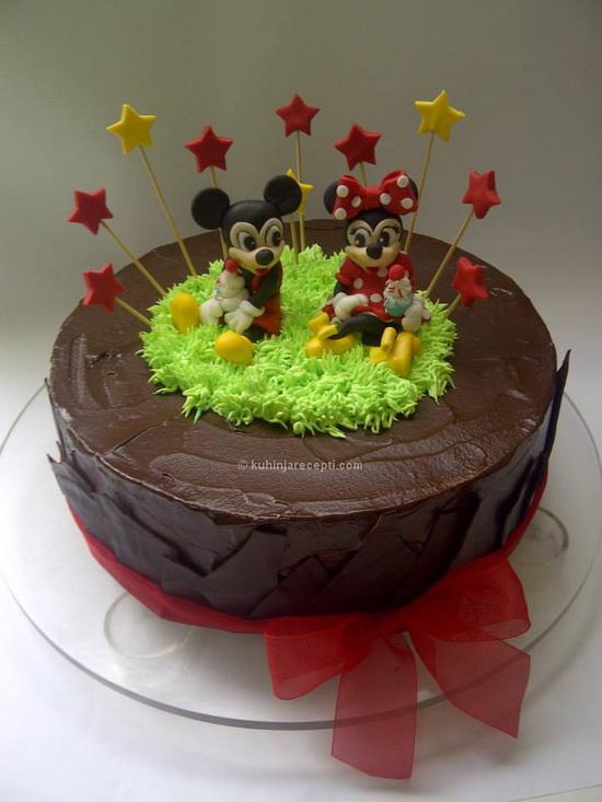 Sočna i kremasta čokoladna torta