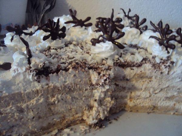 1 Pahulja torta s lešnicima