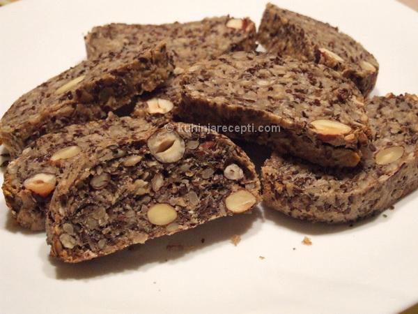Kruh bez brašna sa semenkama