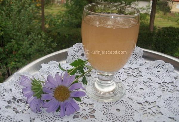 Domaći voćni nektar