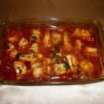 Zapečeni oslić u paradajz sosu
