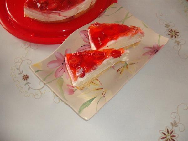 Puding torta s jagodama