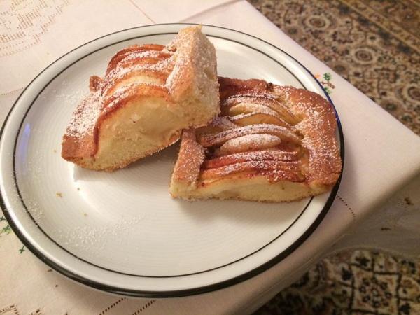 kolac-od-jabuka