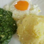 Spanać sa pire krompirom i jajima