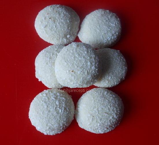 Kokos-poljupci