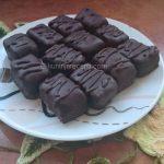 Baunti minjoni s kokosom i čokoladom
