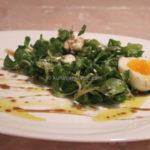 Salata od matovilca sa fetom i sirupom od nara