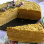Medovik torta s karamel kremom