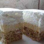 Kremasti kolac s orasima