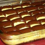 Jednostavni keks kolac s krem sirom