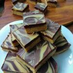 Cokoladne kocke sa kikiriki puterom bez secera