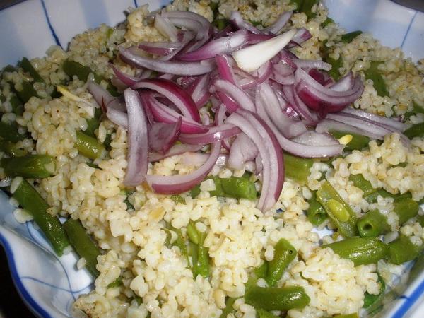 Salata od boranije i bulgura