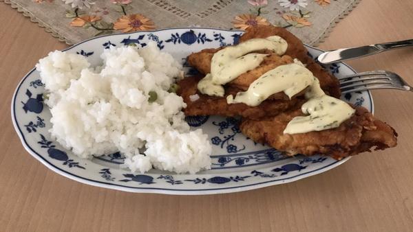 Bečke  šnicle s pirinčem i tartar sosom
