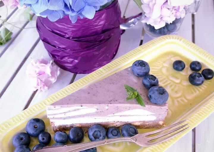 Torta od borovnica bez pečenja
